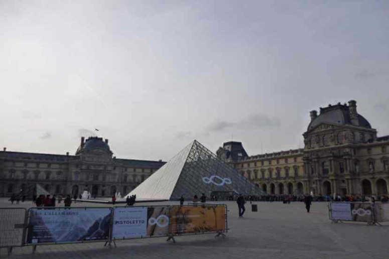 ルーブル美術館/フランス・パリ観光