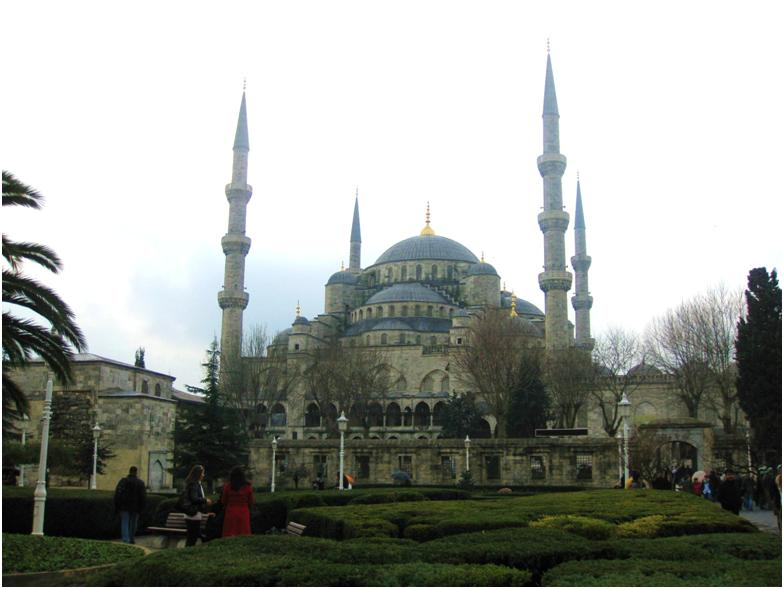 イスタンブールのブルーモスク外観