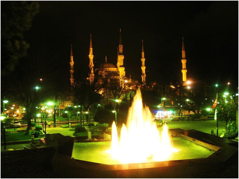 イスタンブールのブルーモスクを徹底ガイド!息を飲む美しさ!!
