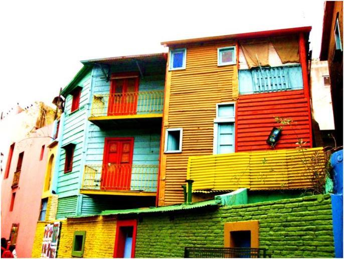 ラ・ボカ地区でカラフルな建物に魅了される旅♪【ブエノスアイレス】