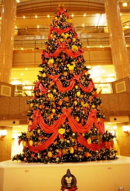 横浜ランドマークのクリスマスツリーで一足早いクリスマスを楽しもう♪