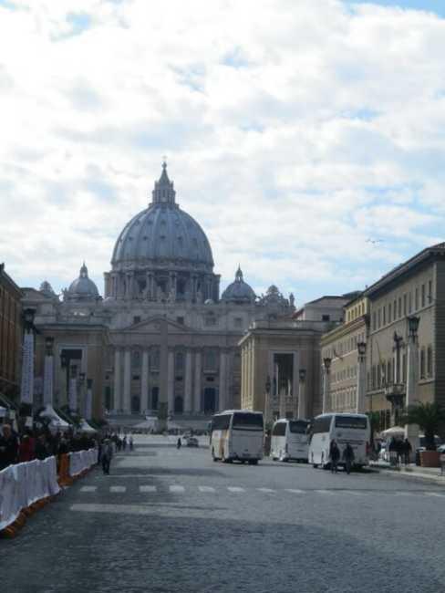 サンピエトロ大聖堂!永遠の都ローマ・バチカンの定番観光スポット!