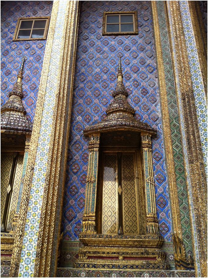 プラ・モンドップの柱/ワット・プラケオ、バンコク