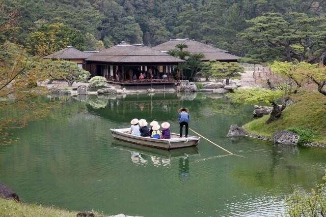 栗林公園を起点に香川県ゆったり観光♪うどんだけとは言わせない!