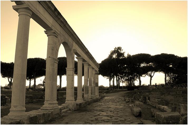 ローマ街道の女王アッピカ街道にローマ時代をしのぶイタリア旅♪
