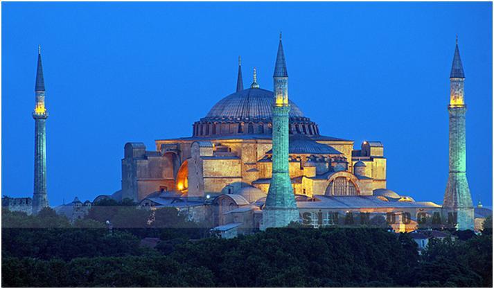 アヤソフィアは西洋と東洋の文化が交わるイスタンブールの博物館