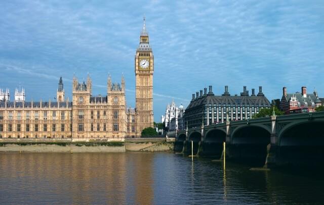 テムズ川はイギリス・ロンドンの観光名所がいっぱい