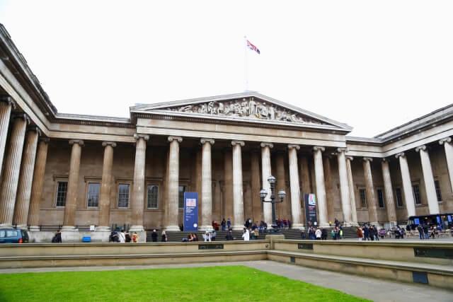 大英博物館はロンドンの定番観光スポット