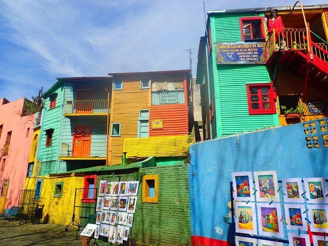 ボカ地区inブエノスアイレスでアートとタンゴのカラフル路地散策♪