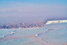 パムッカレ トルコ・ヒエラポリスは世界遺産 石灰美を観光
