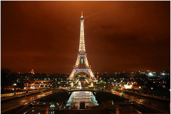 フランス・パリの観光名所「エッフェル塔」の構造・高さ・歴史・秘密を大特集!