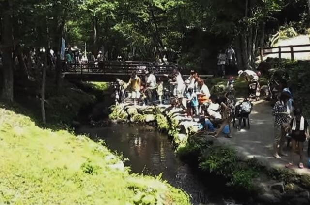 軽井沢おもちゃ王国の魚釣り