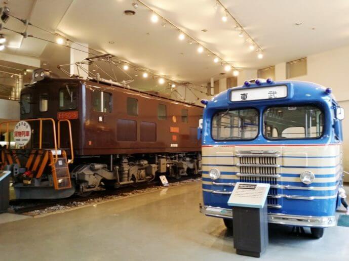 東武博物館のバスと電車