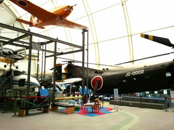 航空機・ヘリコプターの実機が間近で見られる所沢航空発祥記念館の展示館