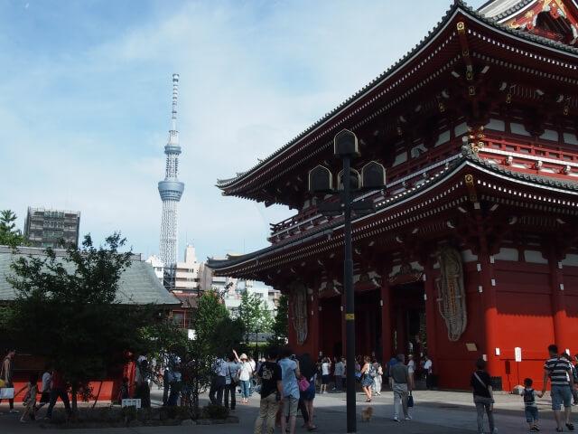 浅草寺は観光なら写真をとりたいスポット