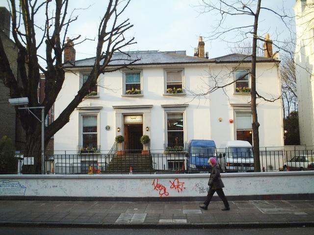 アビーロードスタジオは、ビートルズなどが録音に使用したスタジオ