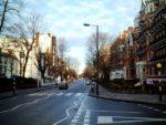 アビーロード・スタジオ前の横断歩道は2010年に「英国の文化的・歴史的遺産」に